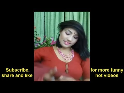 আয়েশা খন্দকারের বোতাম খোলা লাইভ। By Funny News.