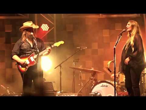 """Chris Stapleton """"Fire Away"""" 7/15/17 Hartford CT"""