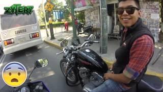 Motovlog #17 Ayudando a un biker en problemas thumbnail