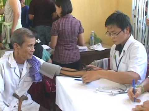 Từ thiện Minh Tâm khám bệnh tại Cà Mau phần 2 Xã Khánh Hội