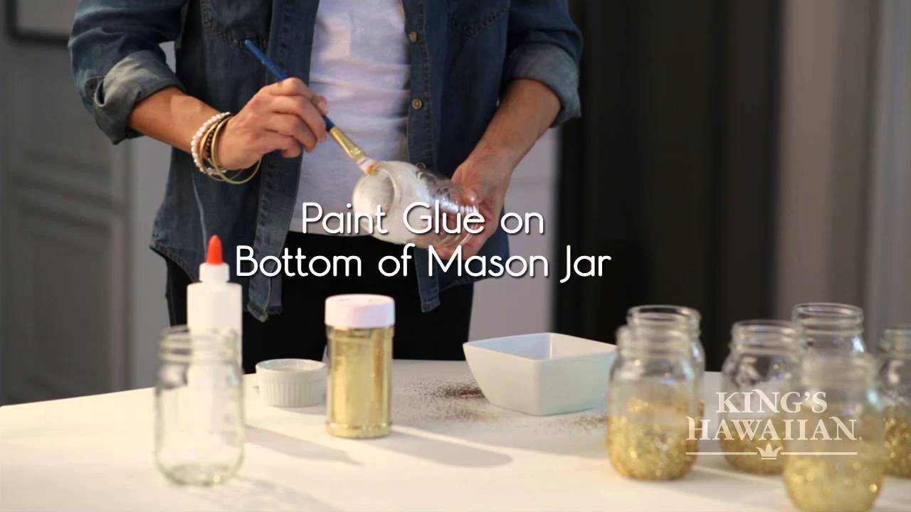 Awards Party DIY: Glitter Mason Jar Vases