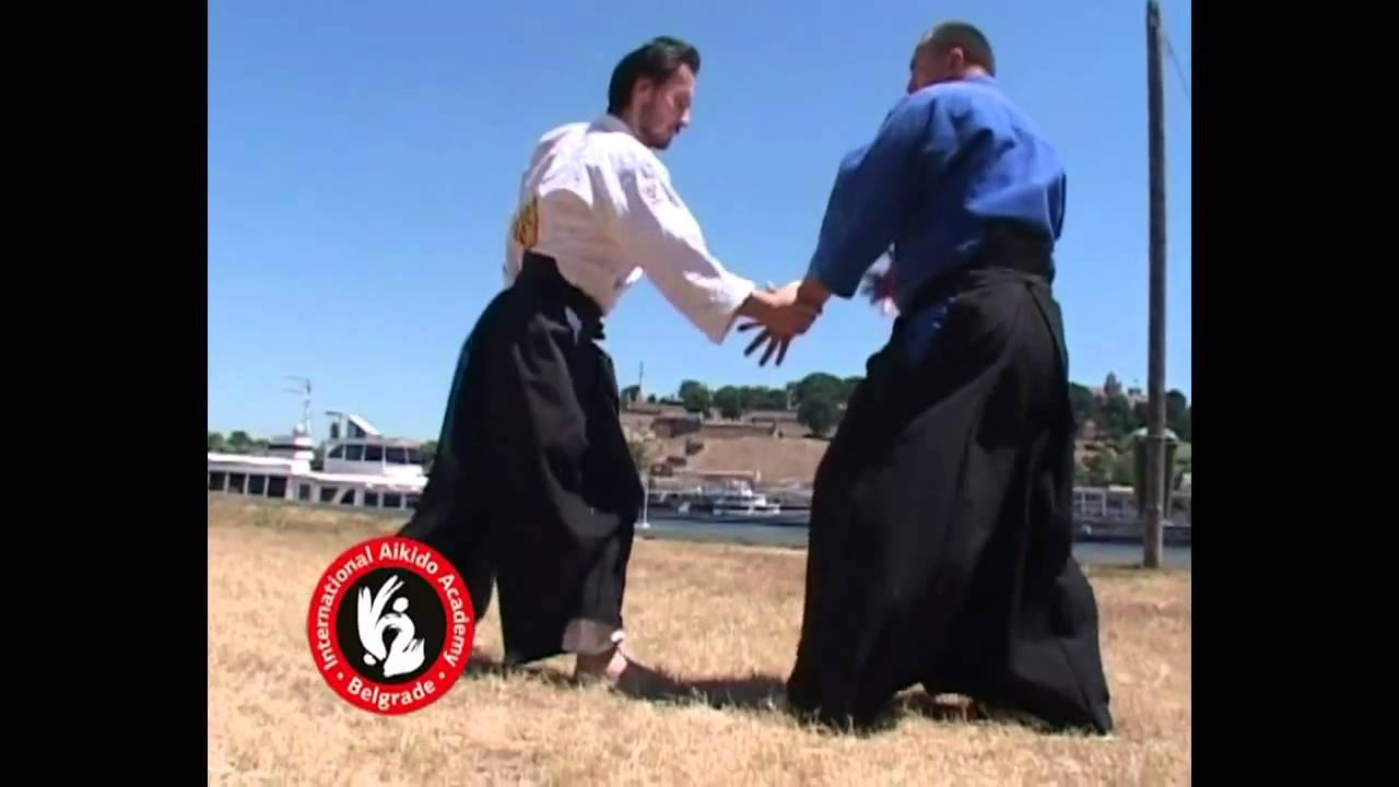 Aikido techniques by Bratislav Stajic: Katatetori gyakuhanmi shihonage - ura
