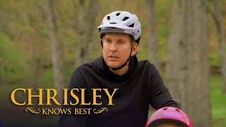 Chrisley Knows Best Season 6, Episode 13: Nanny Faye Riding A Tricycle Is Everything
