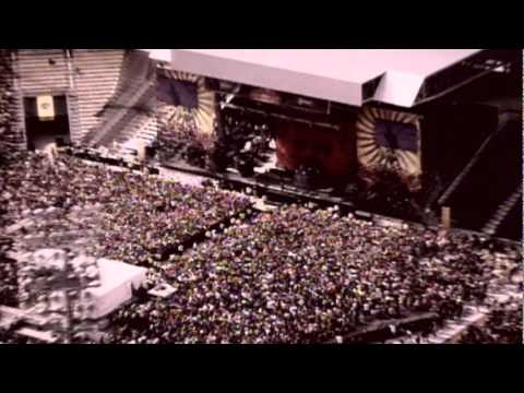 Papa Roach - Kick In The Teeth (Live)