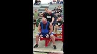 Raw 440 lb bench 50yr old Tim Parker 2017 Video