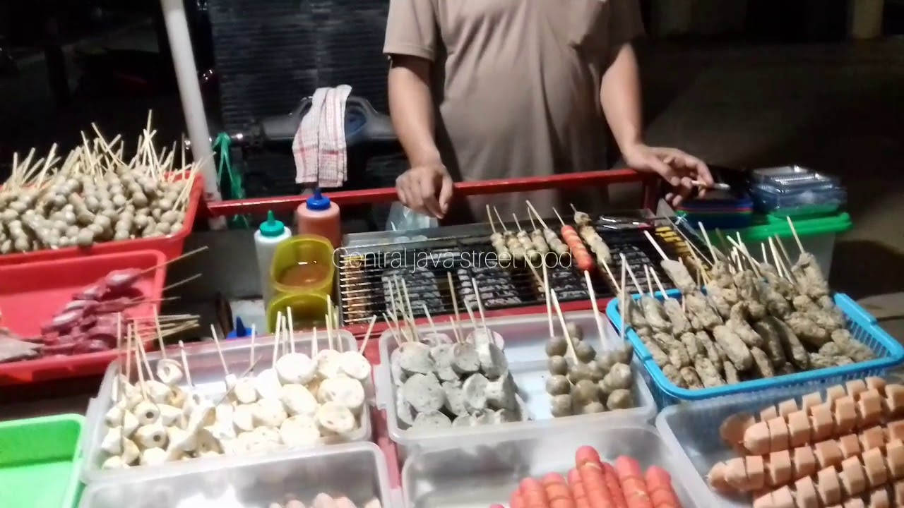 Street Food Sosis Bakso Bakar Dll Wisata Kuliner Alun Alun Bung Karno Ungaran Semarang Youtube