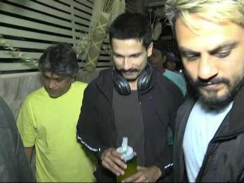 Rangoon film ( news coverage .during shooting time) ....