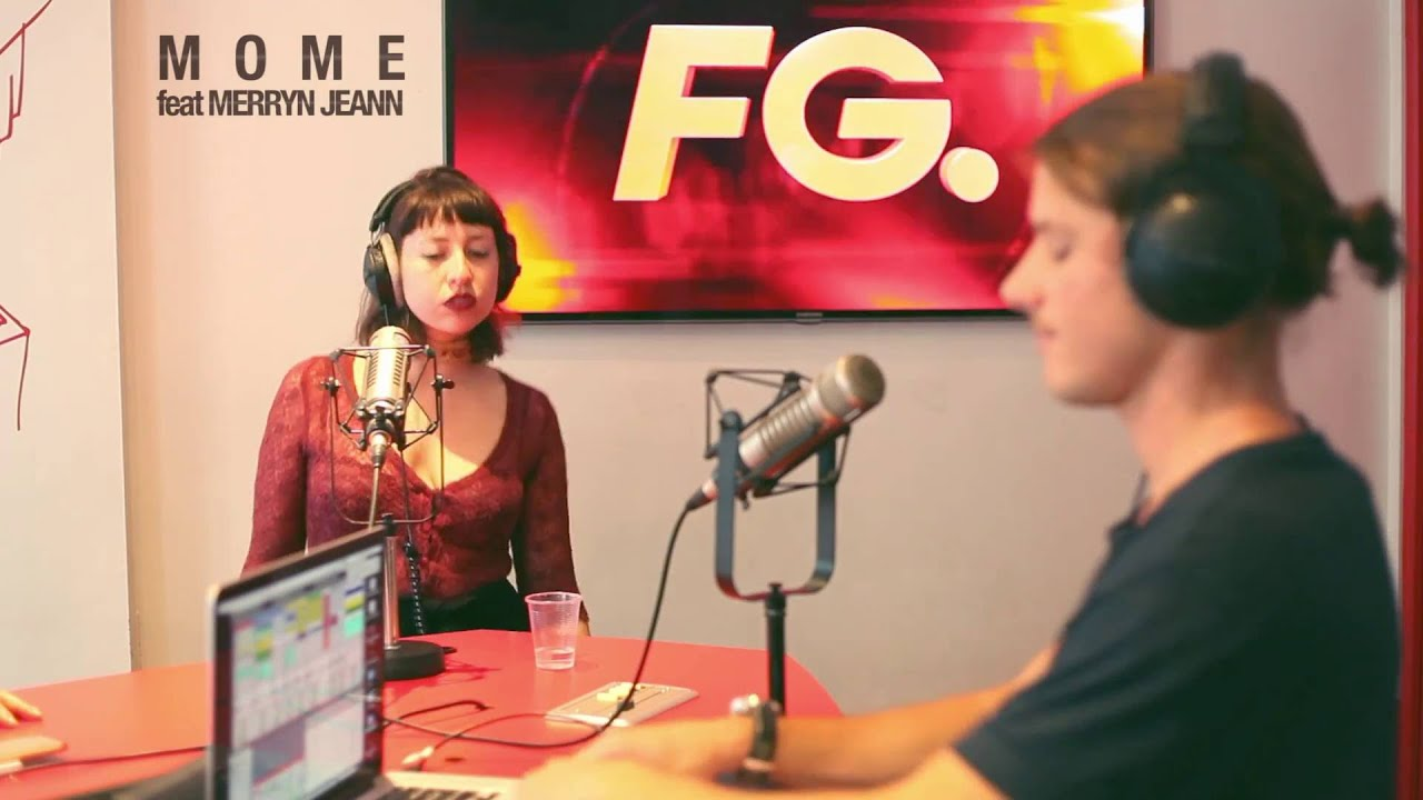 mome avec sa chanteuse en live sur radio fg youtube. Black Bedroom Furniture Sets. Home Design Ideas