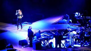 Mary J. Blige - One (U2 Cover) 05/28/11: The Forum - Inglewood, CA