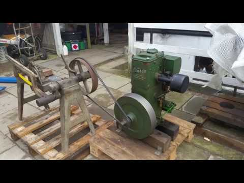 Lister D, Holz-Waschmaschine, Standmotor, stationary engine from YouTube · Duration:  2 minutes 8 seconds