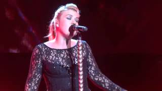 Kelly Clarkson - Mr. Know It All, Miss Independent, Nikon Theater,.Jones Beach, NY 9/1113