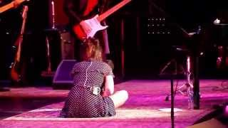 Beth Hart - Caught out in the Rain - Liverpool Phil 2015