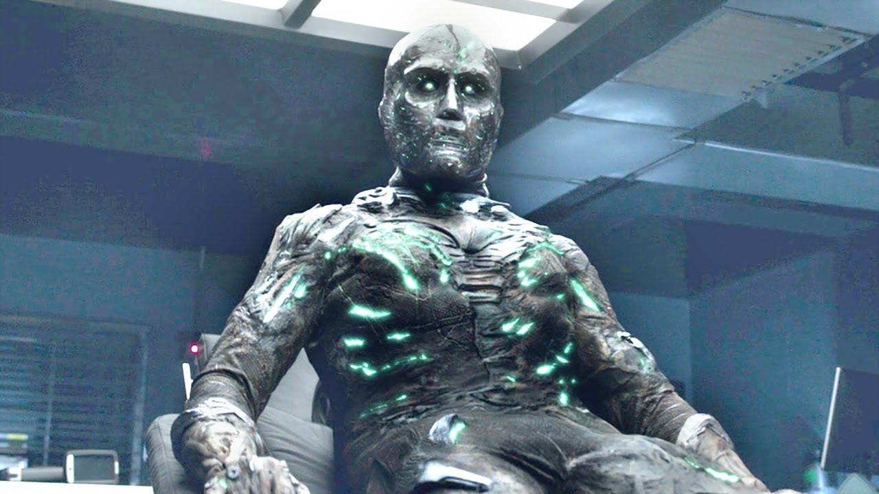 小伙被外星能量改造,一年后返回地球,竟然有了毁天灭地的能力!