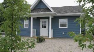Queens Place Deluxe Cottages- Liverpool NS