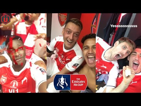Arsenal Players Celebrate Winning The 2017 FA Cup