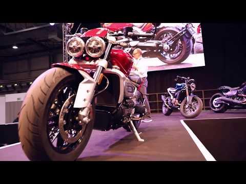 Triumph @ Motorräder Dortmund - Bühnenpräsentation Rocket 3 R