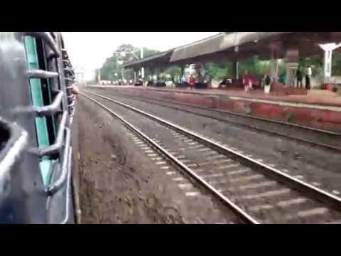Onboard : Mumbai Bound Deccan Queen Ragefully Skips Pimpri Chinchwad ...!