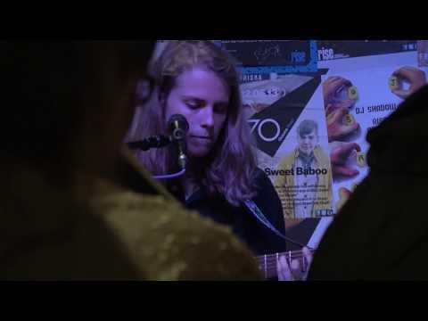 Marika Hackman - So Long (live at Rise, Bristol - 5th June 17)