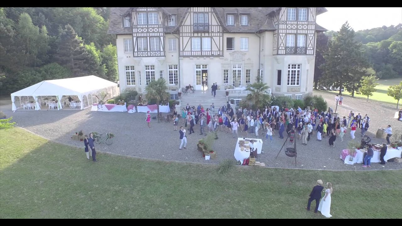 flash mob et vues par drone mariage au chateau de chambly par st phane d 39 apiday youtube. Black Bedroom Furniture Sets. Home Design Ideas
