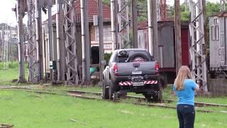 [HD] Veiculo Rodo Ferroviário para inspeção de via .