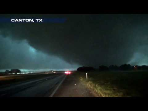 Incredibly Powerful Close-up Tornado in Canton, TX