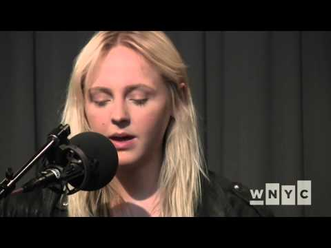"""Laura Marling """"Little Bird"""" on WNYC's Spinning On Air"""