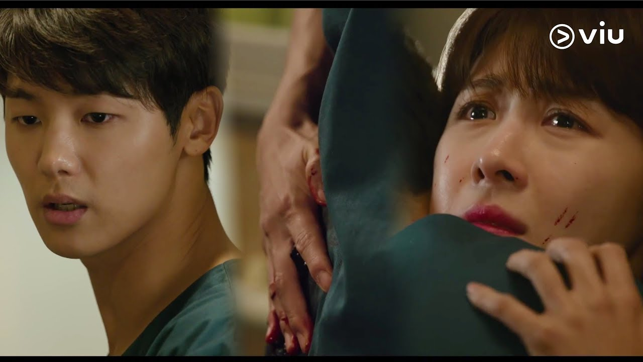 Download HOSPITAL SHIP 병원선 Ep 30: Minhyuk Takes a Bullet For Ha Ji Won! [ENG]