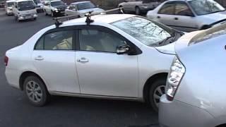 Излишняя осторожность автоледи привела к аварии