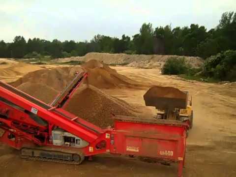 Sandvik QA440 screening pit run sand and gravel at @ 900tph