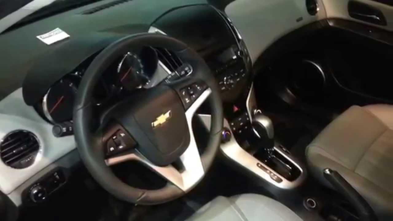 Cruze 2012 chevy cruze interior : Interior Chevrolet Cruze Hatchback 2014 versión para Colombia FULL ...