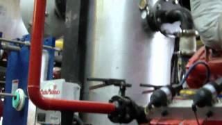 биогаз(метан) из навоза,США,штат Нью Йорк(Anaerobic Digesters Aurora Ridge Dairy,Central New York, получение газа (метан) из навоза коровок, и получение электричества с газоге..., 2012-03-12T09:51:35.000Z)