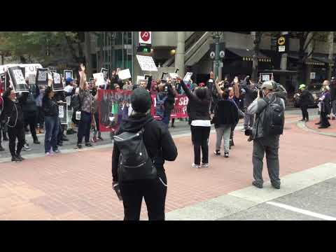 Portland protestors take to the streets with Antifa ,don't shoot Portland and black lives matter.