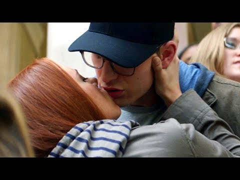 Captain America & Black Widow Kiss Scene - Captain America: The Winter Soldier (2014) from YouTube · Duration:  1 minutes 19 seconds