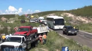 Accidente en rúa a Parral deja 8 heridos; mega movilización en la zona