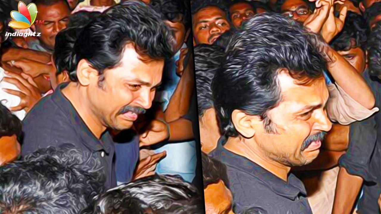 Karthi breaks down in tears at fan's funeral   Latest Tamil Cinema News    Death - YouTube