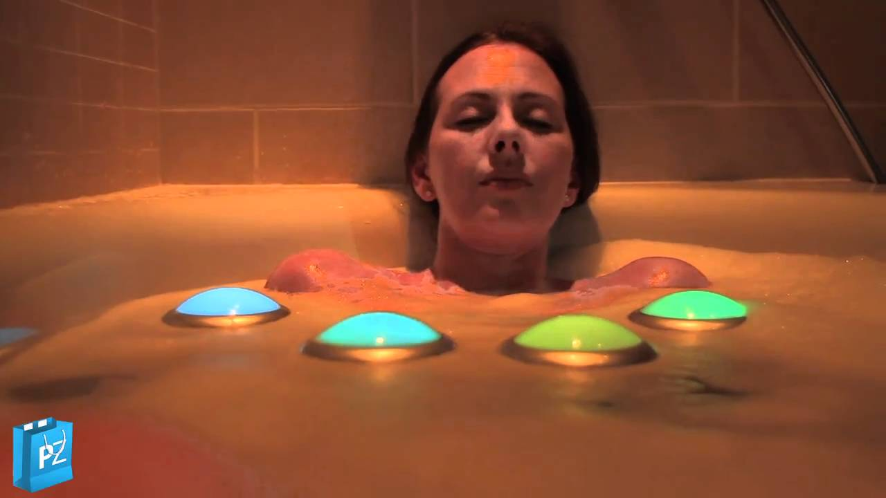Girl In Bath - Awesome Spa Glow Bath Lights - YouTube