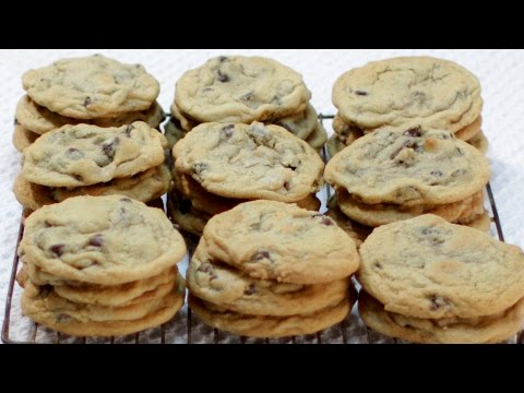 How To Make Chocolate Chip Cookies - Easy Soft Chewy Chocolate Chip Cookie Recipe