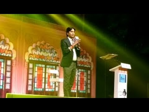 Kumar Vishwas in Sahitya Aaj Tak Oct 2016