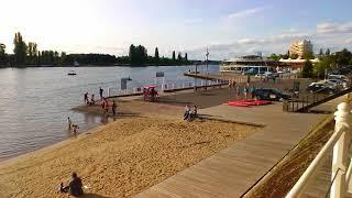 VICHY lac, plage, rotonde