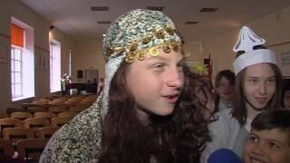 Ученики 9-ой средней школы сделали мир добрее