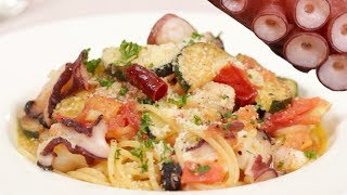 Octopus Tomato Spaghetti Recipe (Savory Sauce and Octopus Pasta with Zucchini) | Cooking with Dog