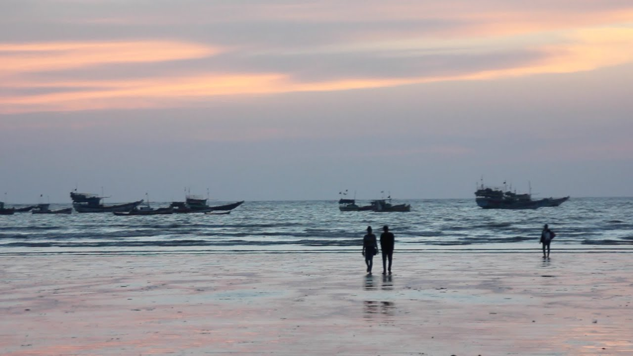 Mumbai romantic places , Gorai beach