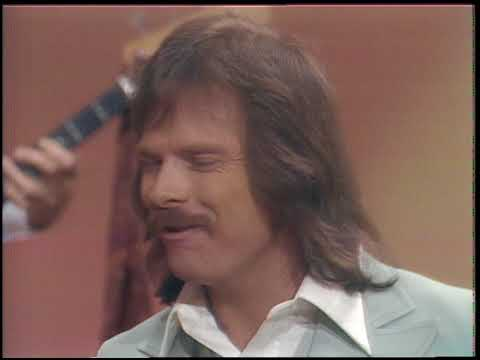 American Bandstand 1976- Interview England Dan And John Ford Coley
