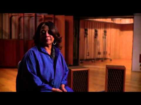 Naked voice from Merry Clayton  in gimme shelter