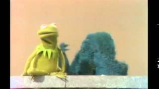 Kermit Snaps (Censored) thumbnail