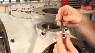 Vilter™ Single Screw Compressor Slide Valve Installation