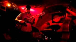 Kurt Rosenwinkel Trio - Inner Urge (live in Paris)