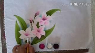 Pintando lírios em tecido