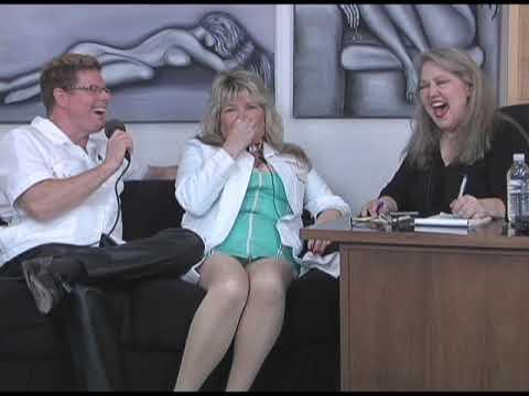 The Rev Mel Show with guest Laura and Sabaston from Medical Toys, Part 2Kaynak: YouTube · Süre: 4 dakika20 saniye