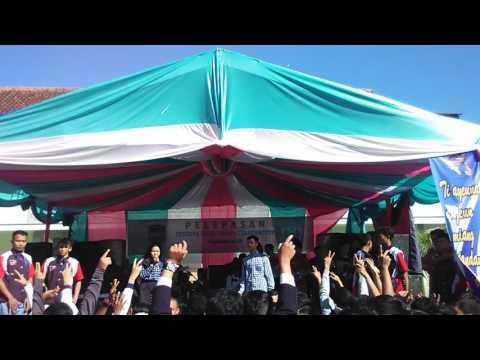 oskadown   berdansa @graduasi sma negeri 1 cihaurbeuti 2014/2015